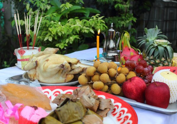 Savory,Food,fruits,And,Sweet,For,Ancestor,Worship,In,Chinese,Ghost